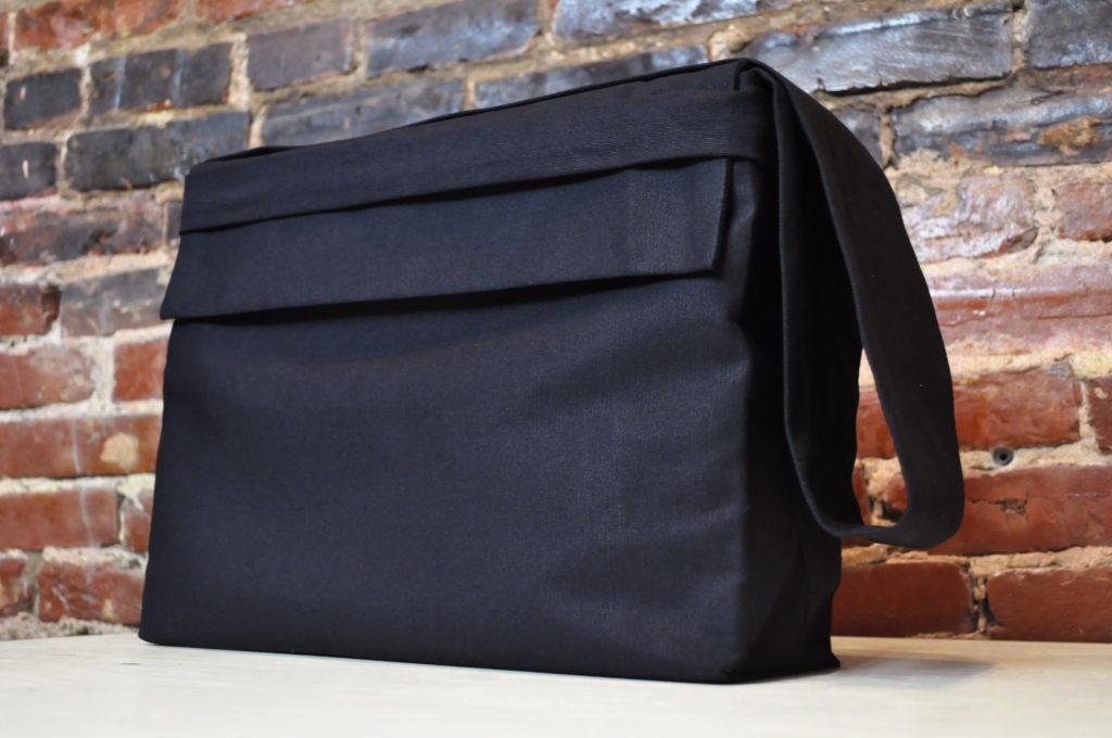 custom carrying bag, bella forte designs, custom, clamshell box